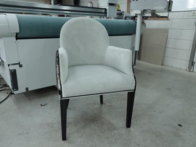 Fluweel meubelstoffen kopen voor eetkamer fauteuils